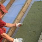 укладка минваты на крышу