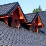 красивая крыша из металлочерепицы